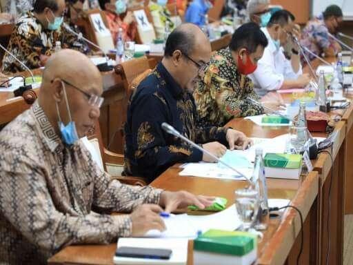 BP Batam Bahas Rencana Kerja dan Anggaran (RKA) Tahun 2021 Bersama Komisi VI DPR RI-06