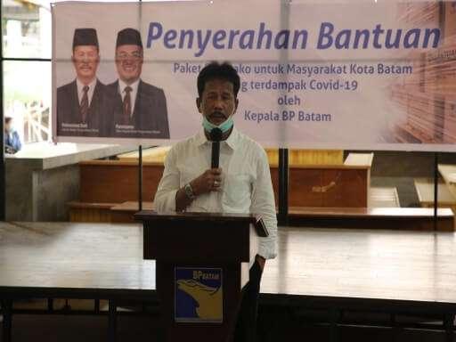 BP Batam Serahkan Bantuan Sembako di Kecamatan Batam Kota-03