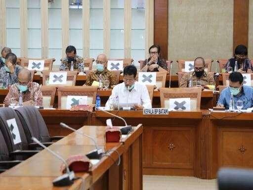 Kepala BP Batam Muhammad Rudi Paparkan Kinerja BP Batam di Komisi VI DPR RI-01