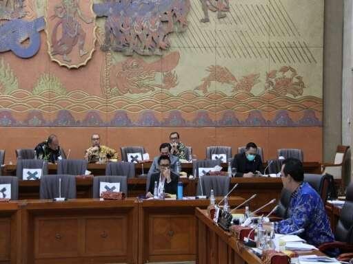 Kepala BP Batam Muhammad Rudi Paparkan Kinerja BP Batam di Komisi VI DPR RI-07