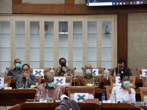 Kepala BP Batam Muhammad Rudi Paparkan Kinerja BP Batam di Komisi VI DPR RI-08